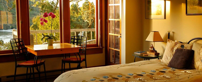 Pacific Suite | Alegria Oceanfront Inn | Mendocino, CA